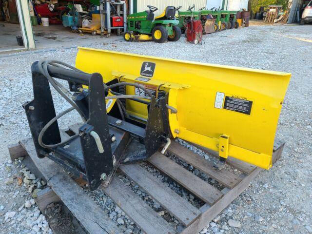 New Hydraulic Angle Brackets John Deere 54 Snow Blade 318 332 140 430 AM31368