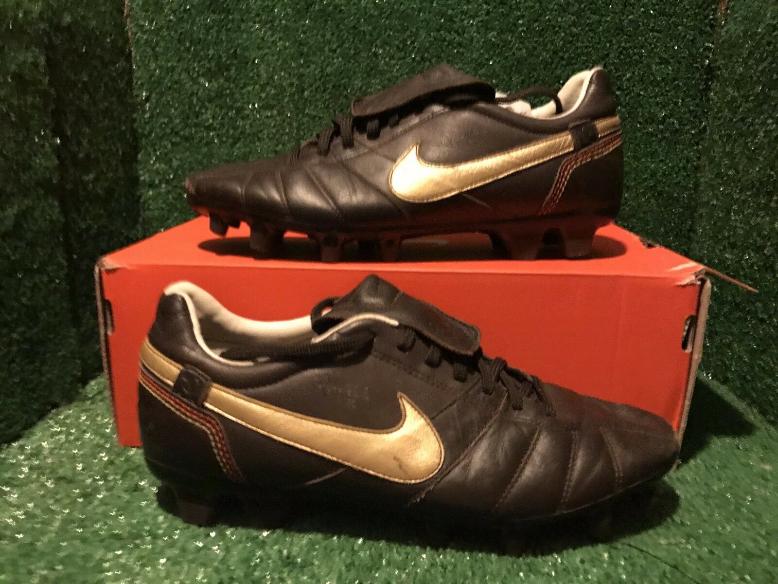 NIKE TIEMPO R10 RONALDINHO T90 SOCCER SHOES Size 7 8 41
