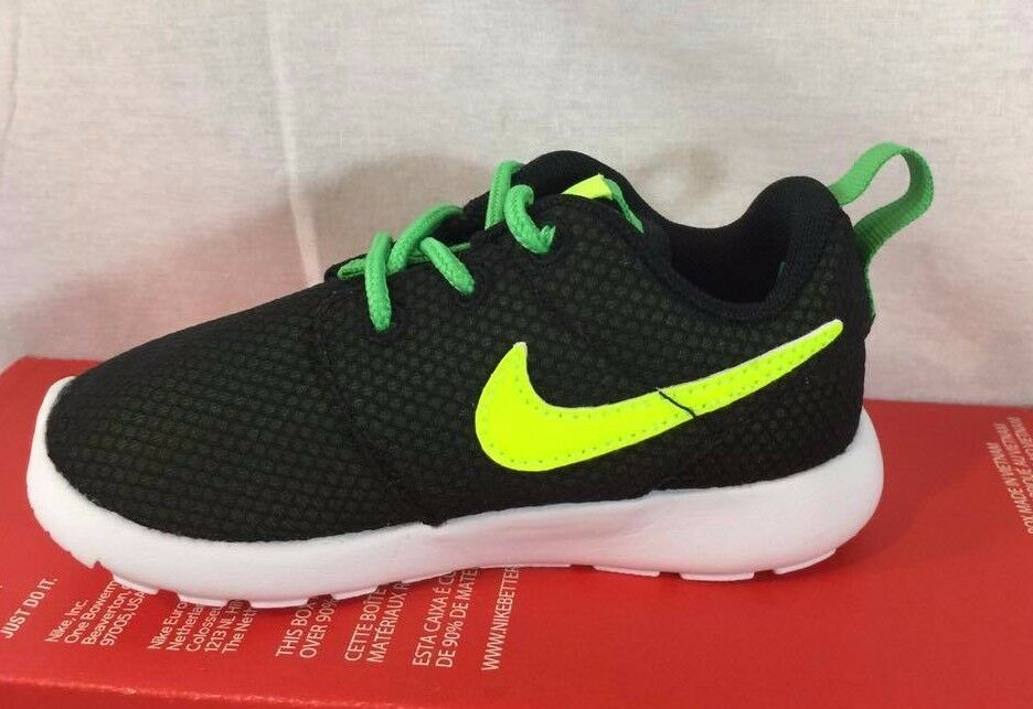 Nike black green toddlers running shoes size 5C