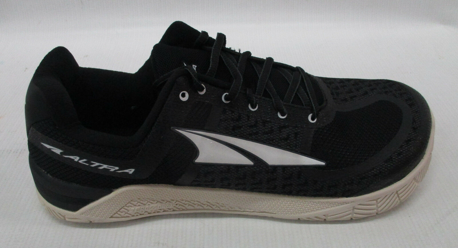 Altra Mens HIIT XT Cross Training shoes AFM1776P-1 AFM1776P-1 AFM1776P-1 Black Size 9.5 a4f5ff
