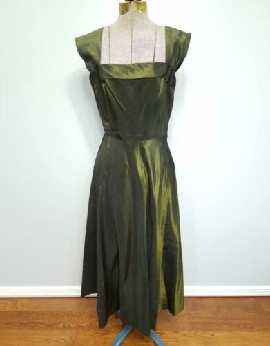 Vintage 1930s 1940s German Green Iridescent Dress