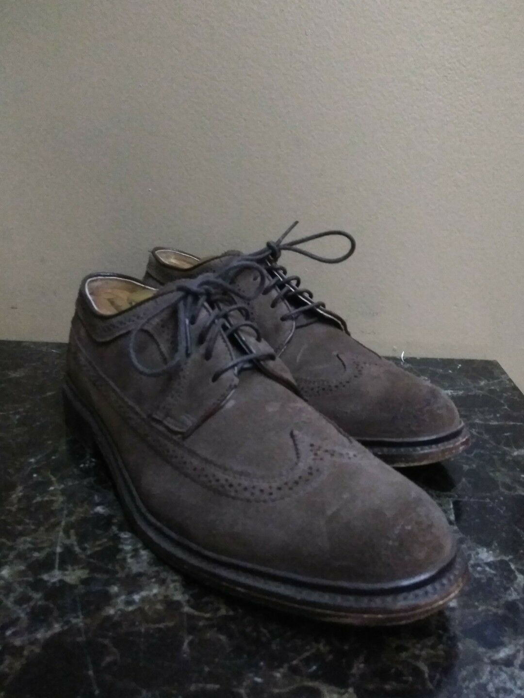 Frye Harvey Chocolate Suede Wingtip Oxfords Men's Size 10.5 D