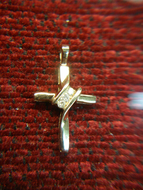 SWEET 10K YELLOW gold DIAMOND CROSS - PETITE BUT OH SO NICE -MUST SEE