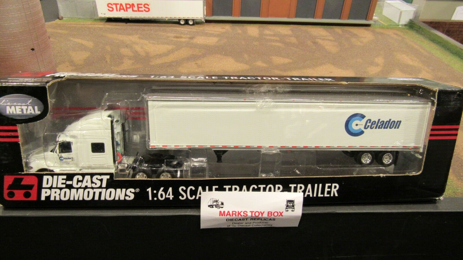ventas al por mayor DCP 32678 Celadon Celadon Celadon camiones ih ProEstrella Semi Camión & Dry Van Trailer 1 64 FC  Vuelta de 10 dias