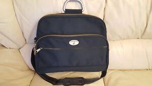 Mundi-Union-Vintage-Green-Canvas-Messenger-Cross-Body-Handbag-VGC