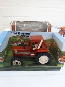 BRITAINS-FARM-TOYS-9528-VINTAGE-FIAT-880-TRACTOR-BROWN-BOXED