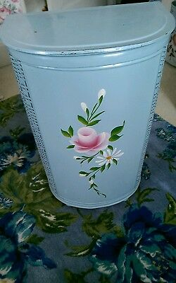 Vintage Pearlwick Tole Painted Metal Self Ventilating Hamper