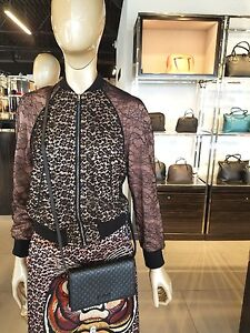 dd5bfb147fe2 Image is loading NEW-Gucci-Black-Leather-Micro-GG-Guccissima-Crossbody-