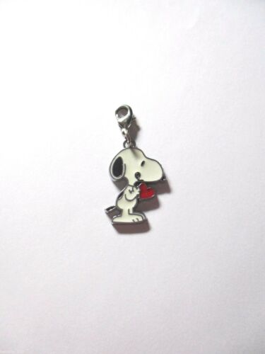 Handbag Clip on Enamel Charm Snoopy Dog holding Love Heart for Link Bracelet