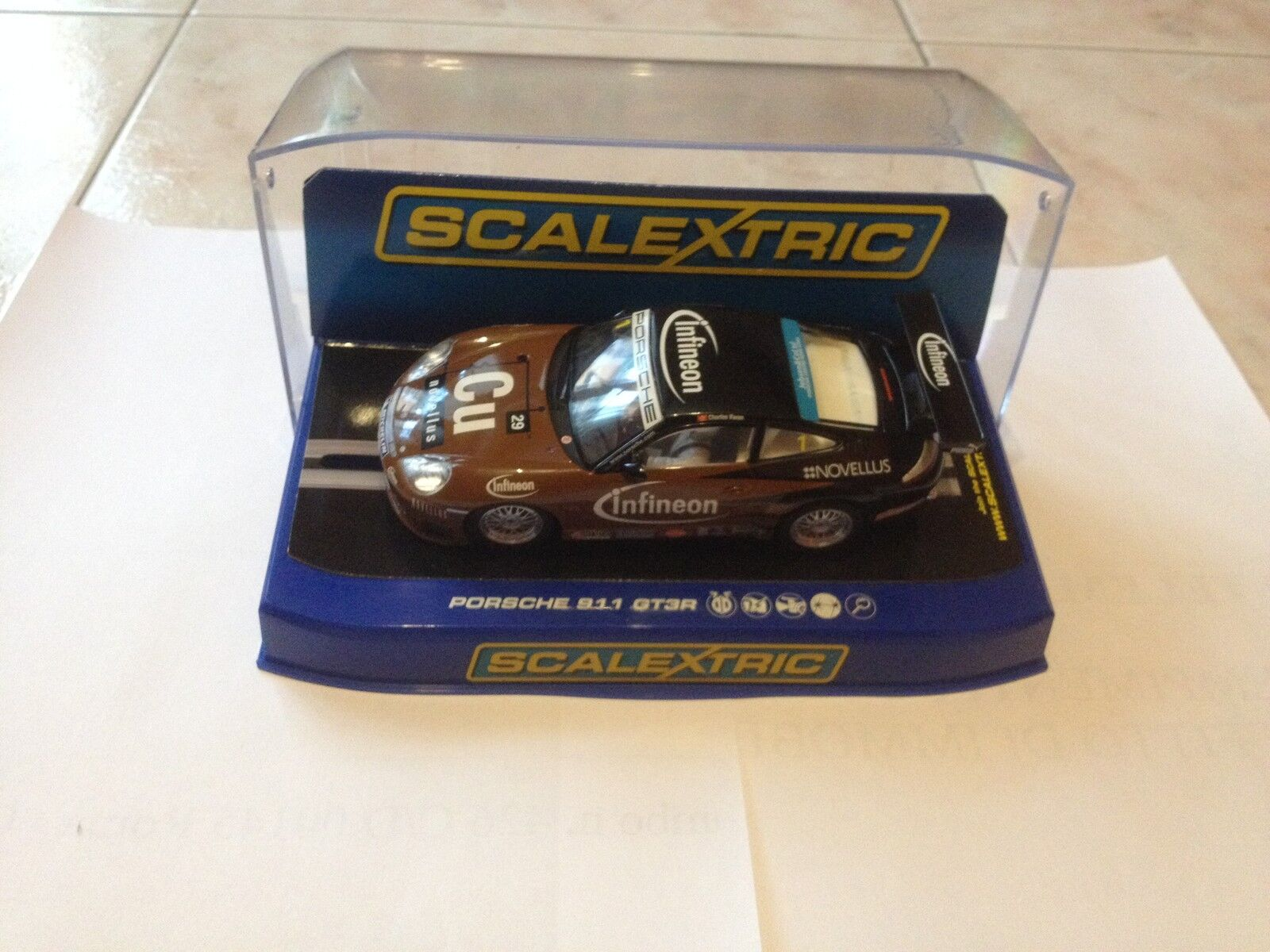 SCALEXTRIC PORSCHE 997 GT3 INFINEON 1 32