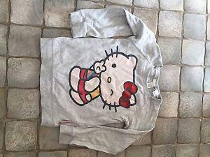 Sweatshirt-Hello-Kitty-Gr-110-Glitzer