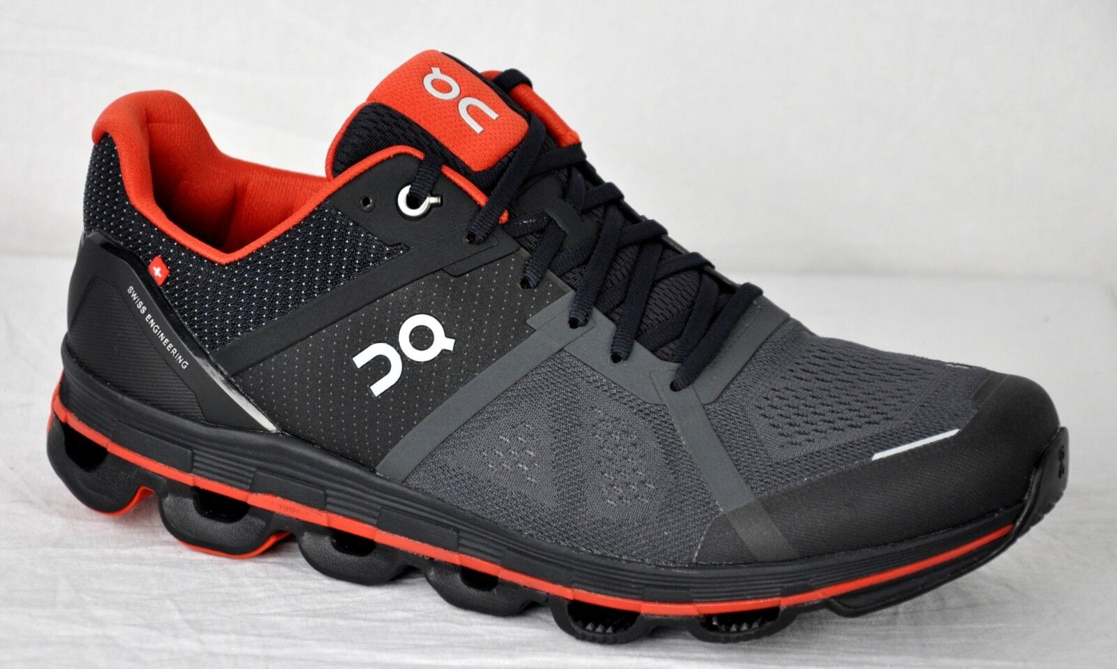 ON Men's Cloudace Trail Running Gym scarpe 30.99979 Shadow Rust Dimensione 9.5