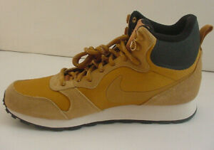 Nike Men's Shoe Boot Gold Wheat Black