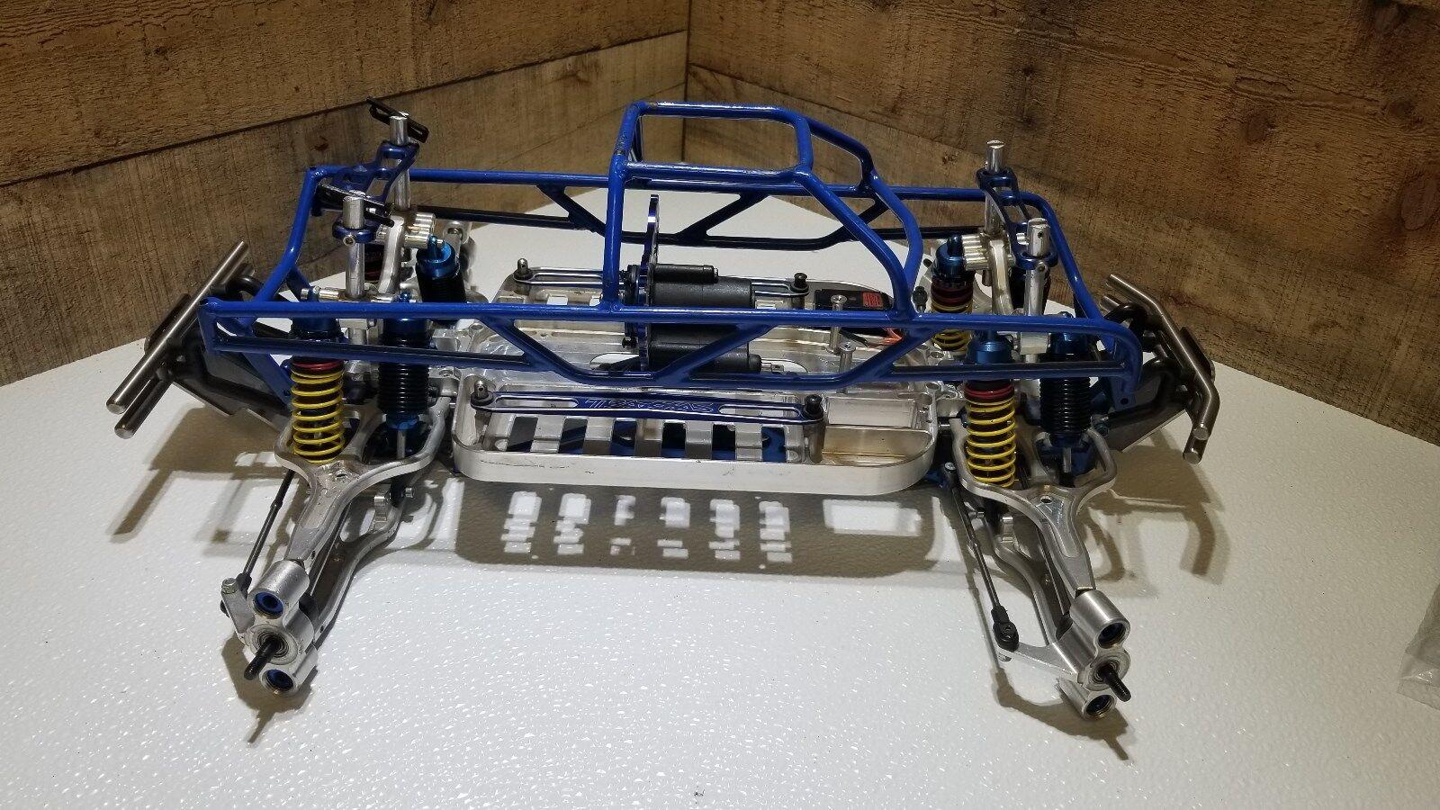 HCR Supermaxx  E-Maxx Traxxas EMaxx Gorillamaxx UE Hardcore Racing Aluminum Ti  una marca di lusso