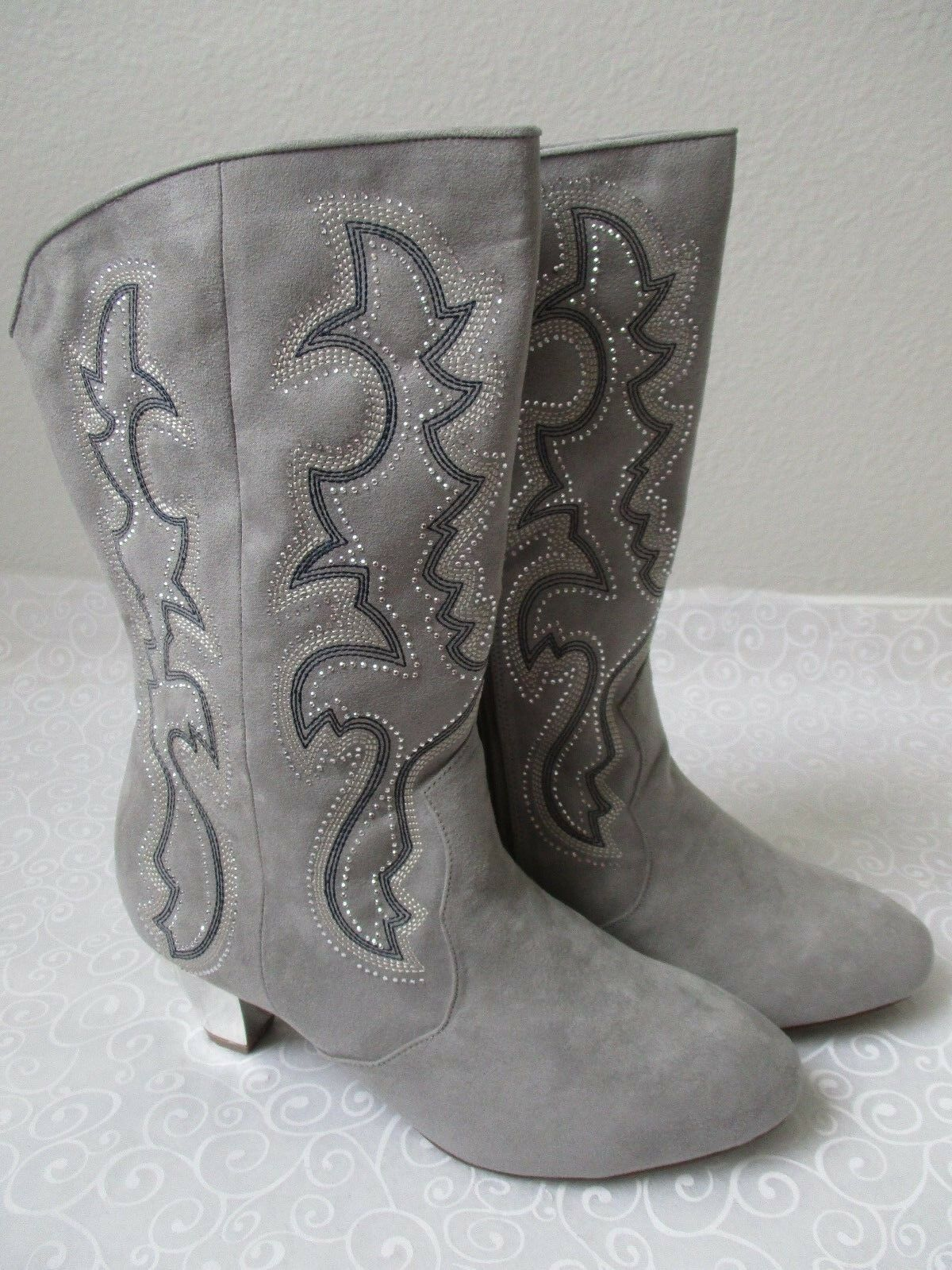 Joan Boyce Boyce Boyce Tela gris Floral Print Stud botas De Vaquero Talla 9 1 2 W-Nuevo  distribución global