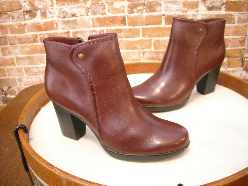 Clarks Burgundy Leather Leather Leather Halia Perch Ankle Stiefel 9 NEW 4fbab4