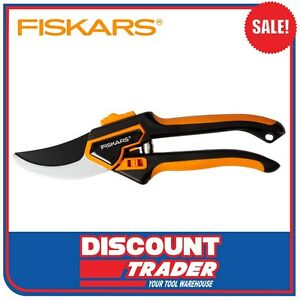 fiskars pruner secateurs bypass large with holster. Black Bedroom Furniture Sets. Home Design Ideas