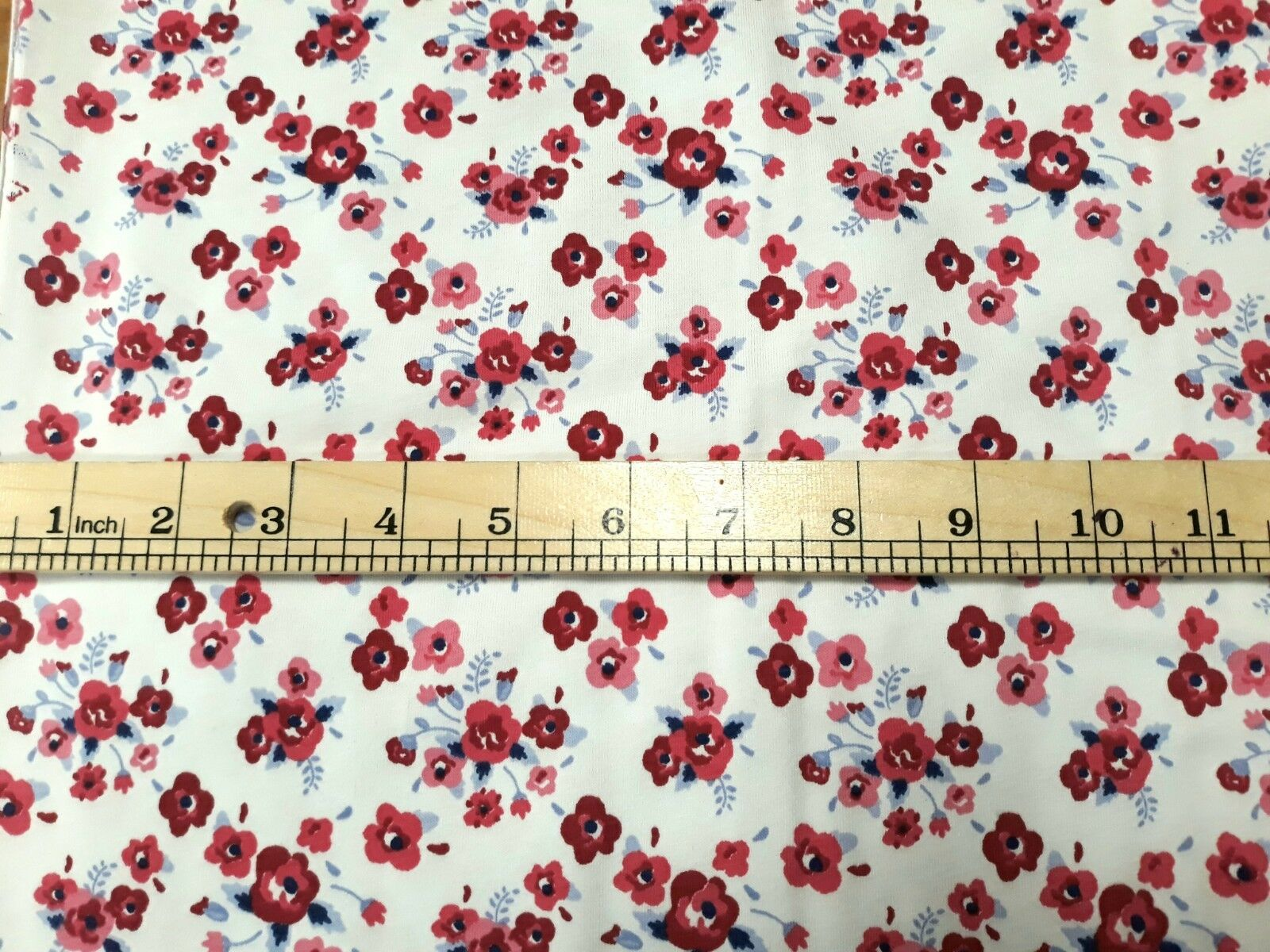 Sewing-Dressmaking-T-Shirts-Leggings WHITE POPPY COTTON SPANDEX JERSEY FABRIC