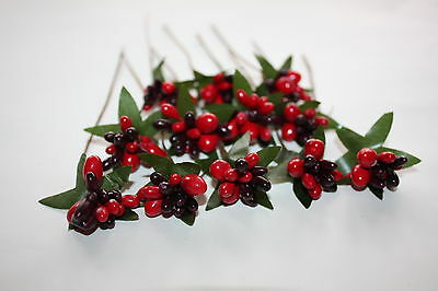 12 x RED 2 TONE MINI MIXED BERRY & LEAF PICKS SPRAYS WIRED STEMS CHRISTMAS CRAFT