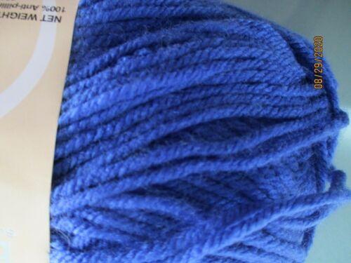 Deborah Norville Everyday Solid ROYAL BLUE 100/% Acrylic 4 oz Worsted Wt #4