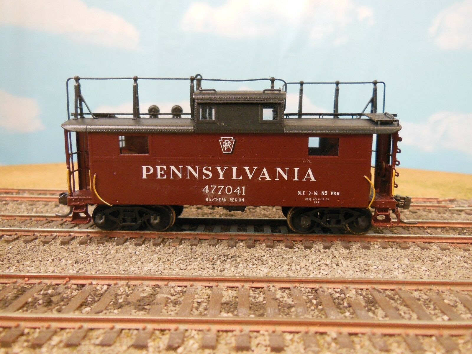 HO SCALE BRASS SUNSET MODELS PRR N5B W/ANTENNA STEEL CABIN CAR CABOOSE PAINTED