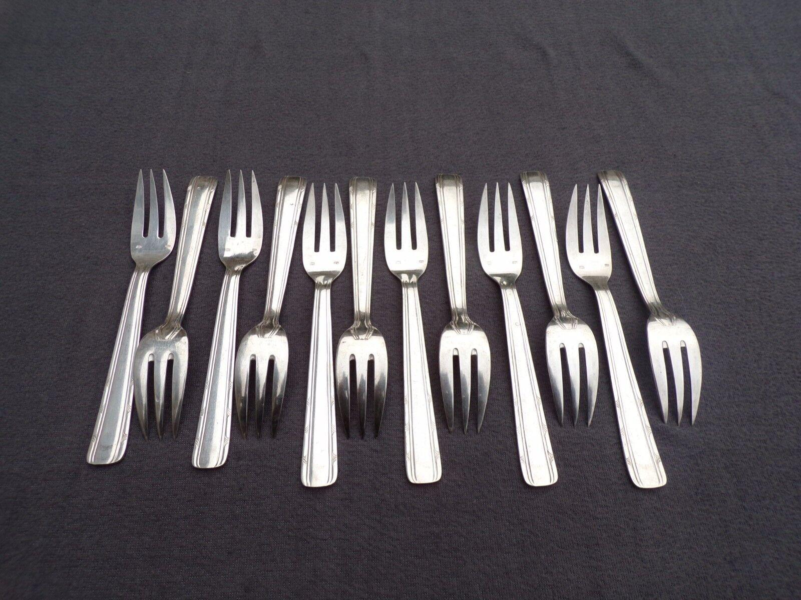 12 fourchettes à poisson en métal argenté  modèle filet