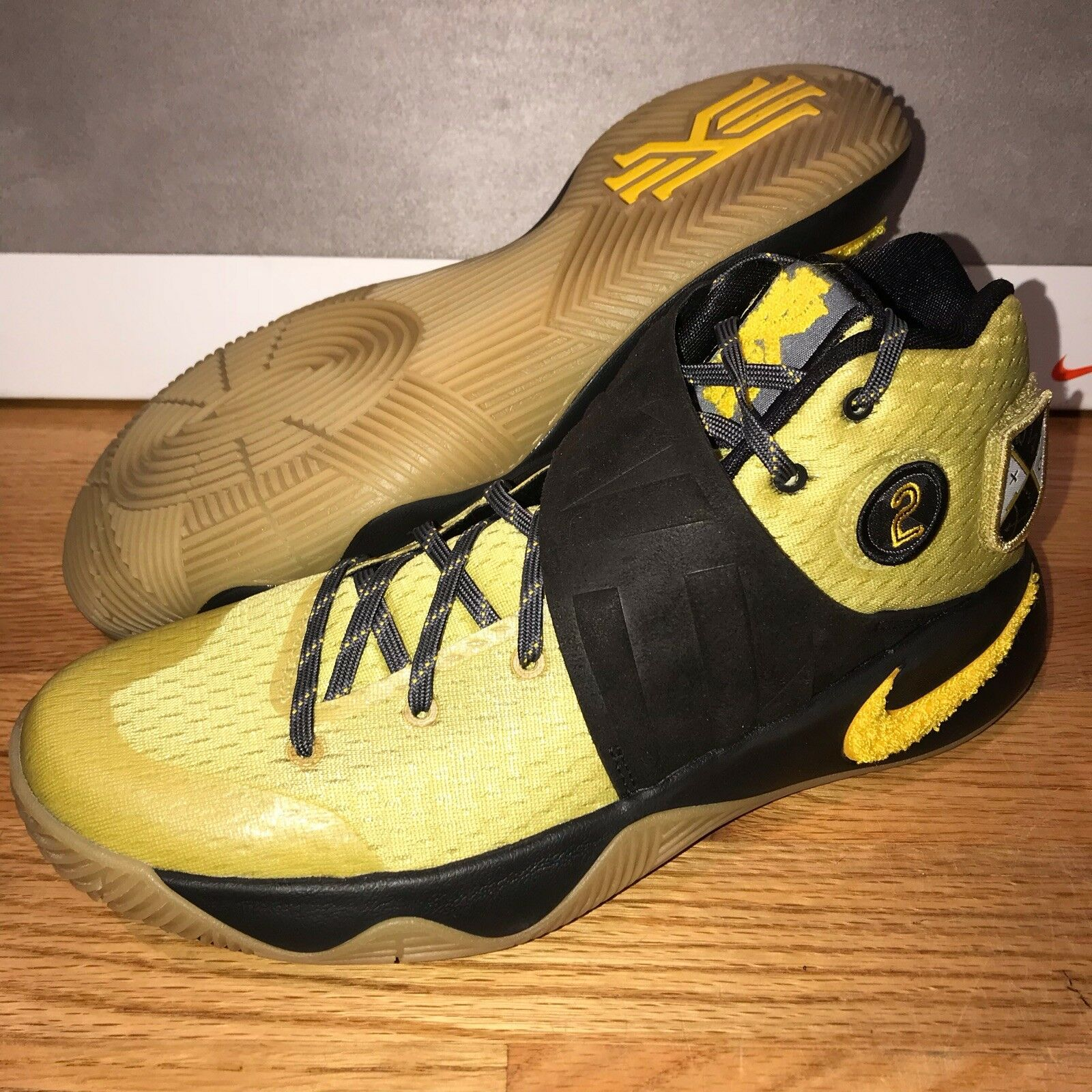 Nike Kyrie 2 All Star AS Patch Size 8.5 2016 835922 307 Black Yellow Gum