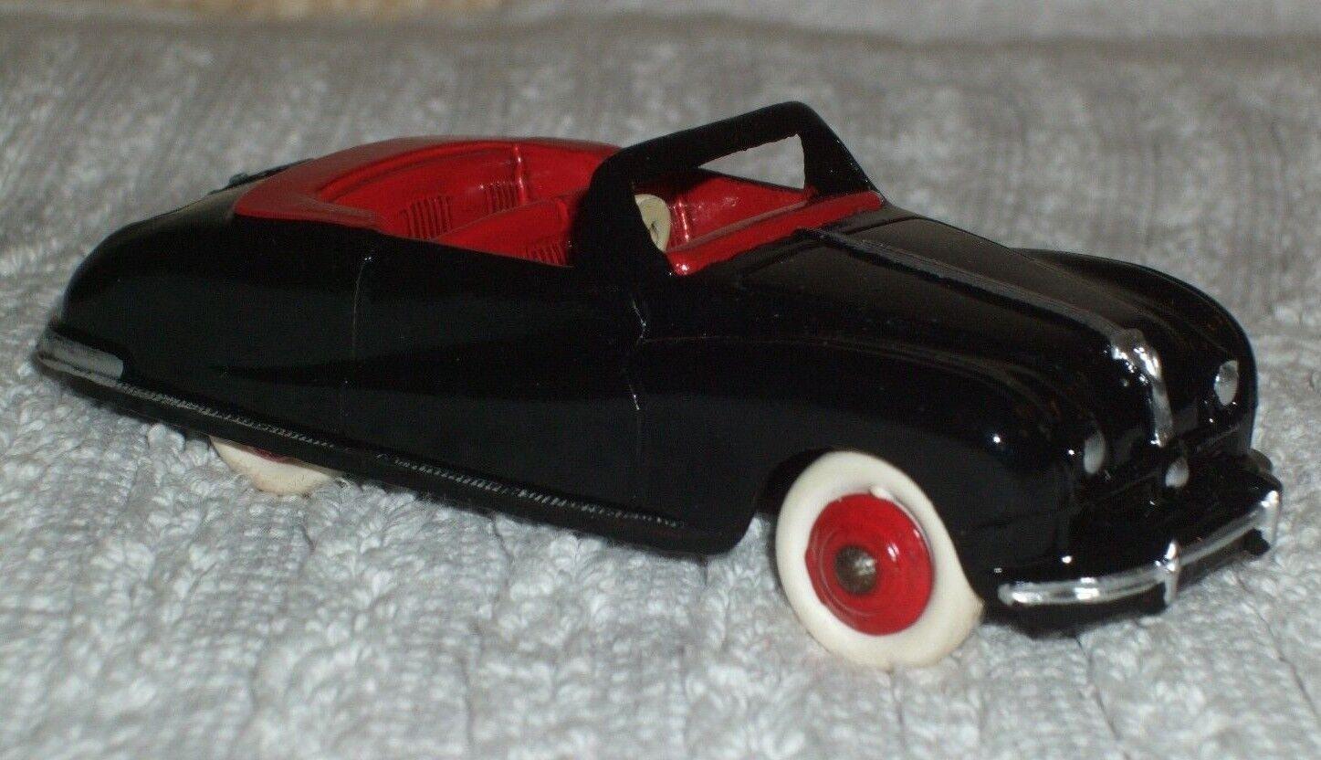 DINKY vintage model (RARA ColoreeeAZIONE)  AUSTIN A90 ATLANTIC  CAT N. 140-USATO