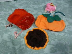 lot-4-chapeaux-pour-poupees-poupons