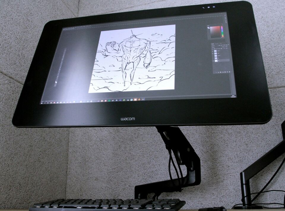 Cintiq 27QHD 4K + Arm + Remote. Værdi: 25.800,-