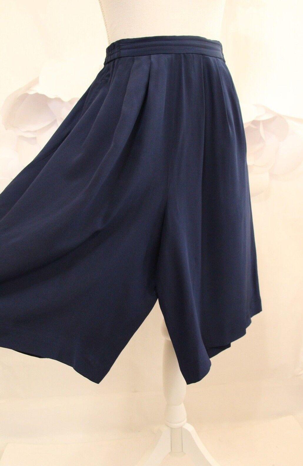 DIANE VON FURSTENBERG DVF Pleated Silk Wide Leg Shorts XS S Navy bluee Knee Lgth