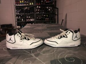 97c45395d7c Nike Air Jordan Courtside Boys Youth Basketball Shoes Size 7Y White ...