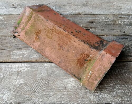 Reclaimed Shropshire Red Smooth Capped Angle RidgeOld Roofing Tile 115 degree