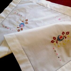 VINTAGE-EMBROIDERED-WHITE-COTTON-TABLE-CENTRE-TRAY-CLOTH