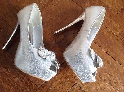 Zapatos señoras por Jumex. Talla 39