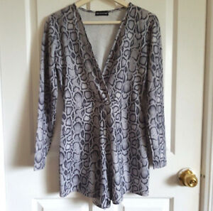 Grey-Snake-Print-Playsuit-Size-Uk-12-Cross-Over-Wrap-Top-Long-Sleeve-Stretch