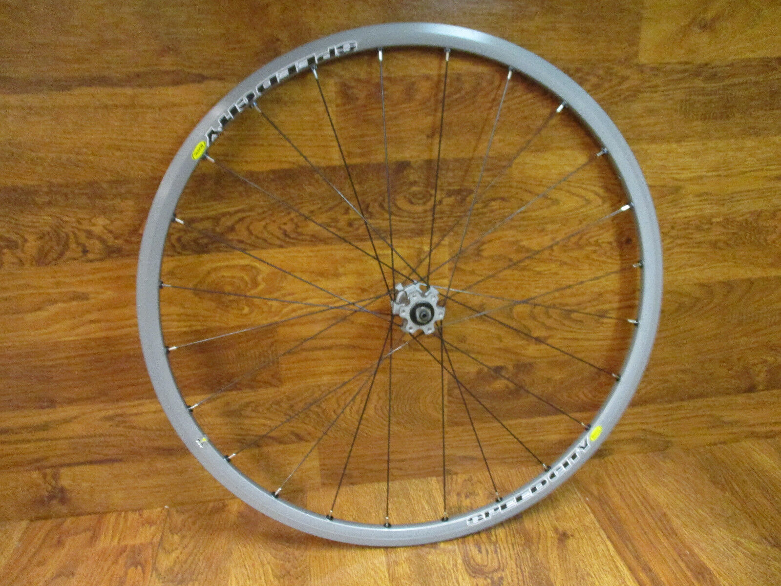 NEW MAVIC SPEED CITY TUBELESS CLINCHER 6 BOLT DISC & RIM BRAKE 700C FRONT WHEEL