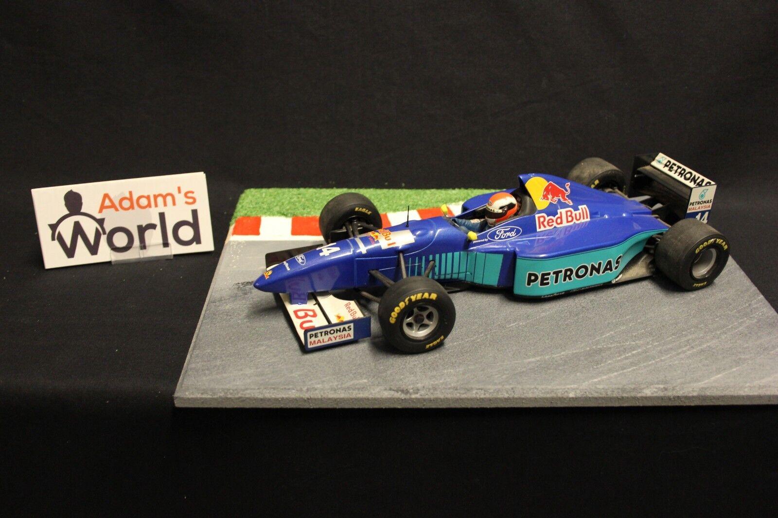 Minichamps Sauber Petronas show car 1996 1:18  14 Johnny Herbert  GBR   F1NB