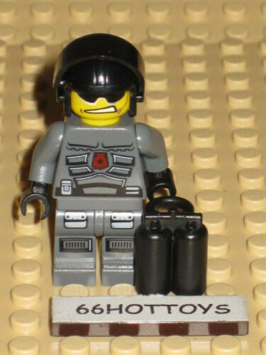 LEGO Space Police 5970 Space Police Officer minifigure New