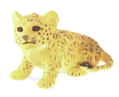 FREE SHIPPINGAAA 96705SIT Leopard Cub Sitting Figurine Model New in Package