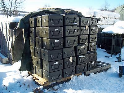 MILITARY STORAGE CONTAINER ALUMINUM  CASE  NIGHT VISION ARMY 15 x 13 x 10  BOX