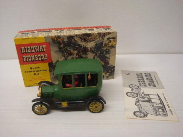 Car Model old Highway Pioneers Model Car Kit - Ford T 1915