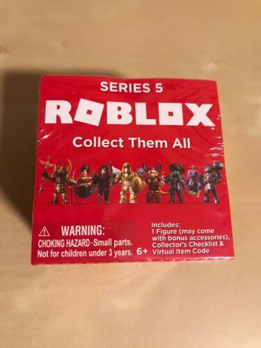 Nouveau ROBLOX Mystery Figures Series 5 Action jaune doré Blind Box Cube Brique RARE