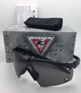 987a6aef04b55 OAKLEY BALLISTIC M-FRAME 2.0 Safety glasses OO9213-03 Black w  Grey ...