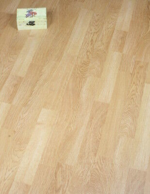 Egger Oak 3 Strip Light Brown Laminate Flooring Packs Click 15