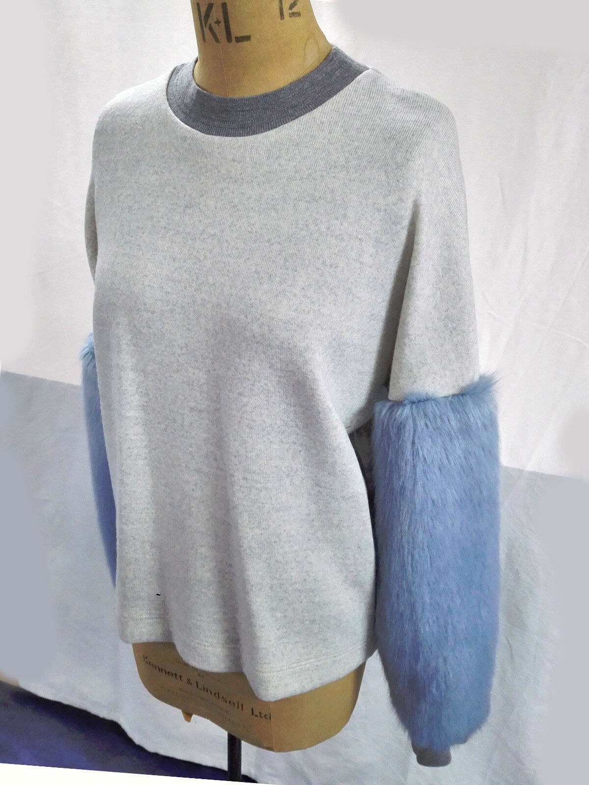 Antipodium Women's bluee bluee bluee Fluffy Fur Melange Sleeves Sweater Jumper Size S and M d1e870