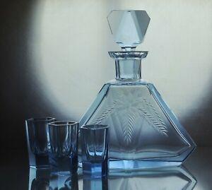Art-Deco-Bohemian-Faceted-Sapphire-Blue-Glass-Decanter-Carafe-amp-3-short-glasses
