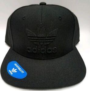81784c1636d Men s ADIDAS Original Ori Trefoil Chain Black on Black Snapback Hat ...