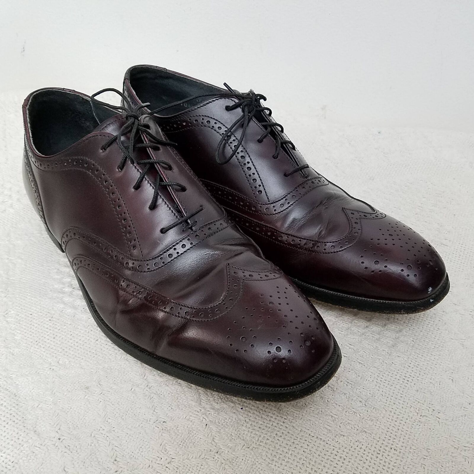 Hanover Mens Brogue Wingtip shoes 10.5 Dark Burgundy Lace Up Leather Oxford USA