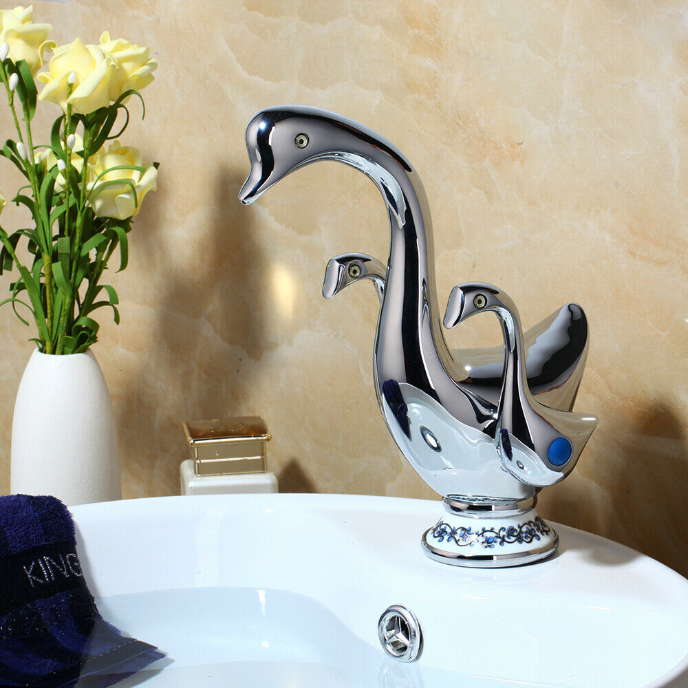 Bathroom Swan-shaped 2 Handles Basin Lavatory Single Hole Mixer Faucet Brass Tap